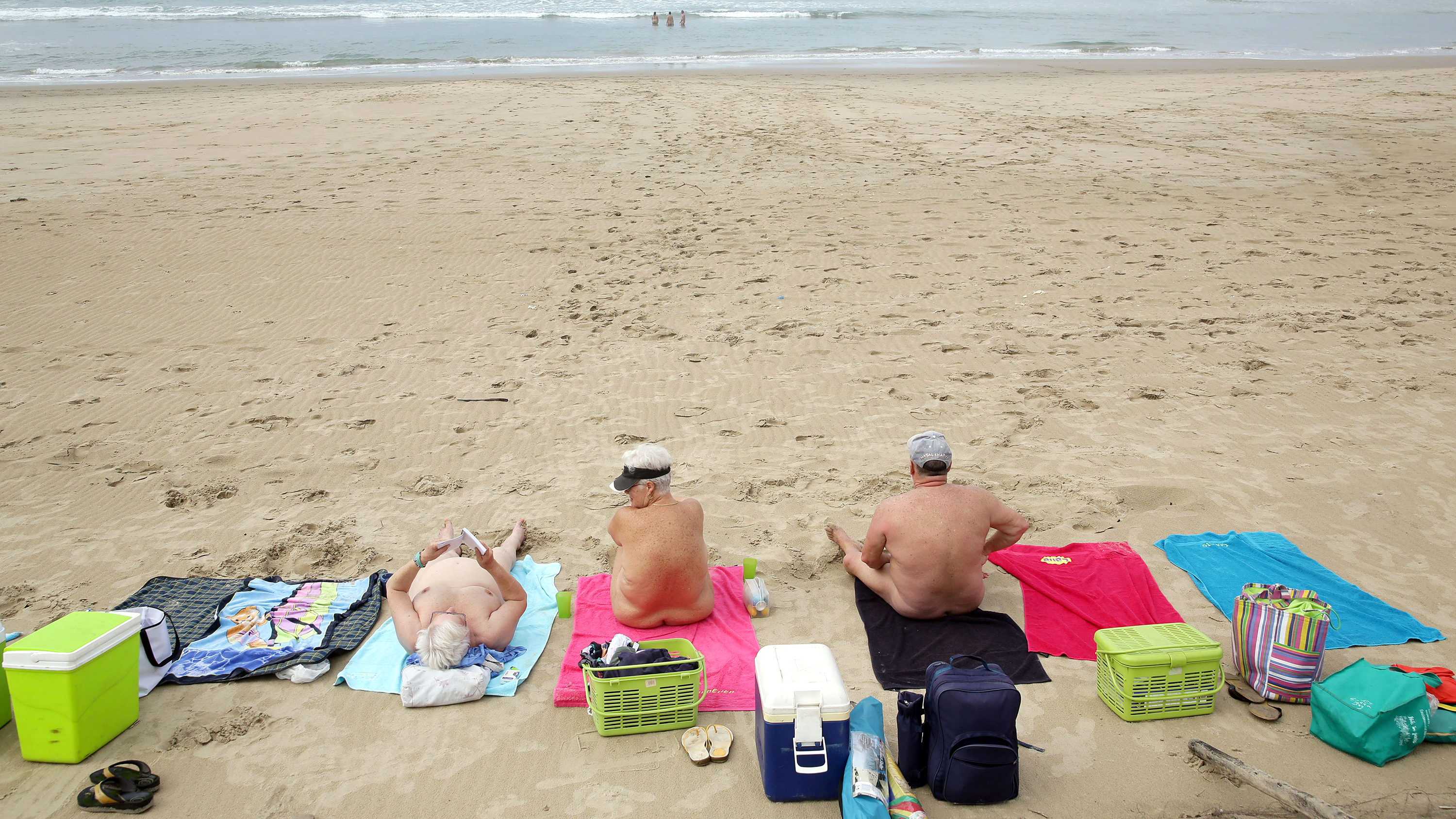 Naked pictures on the beach